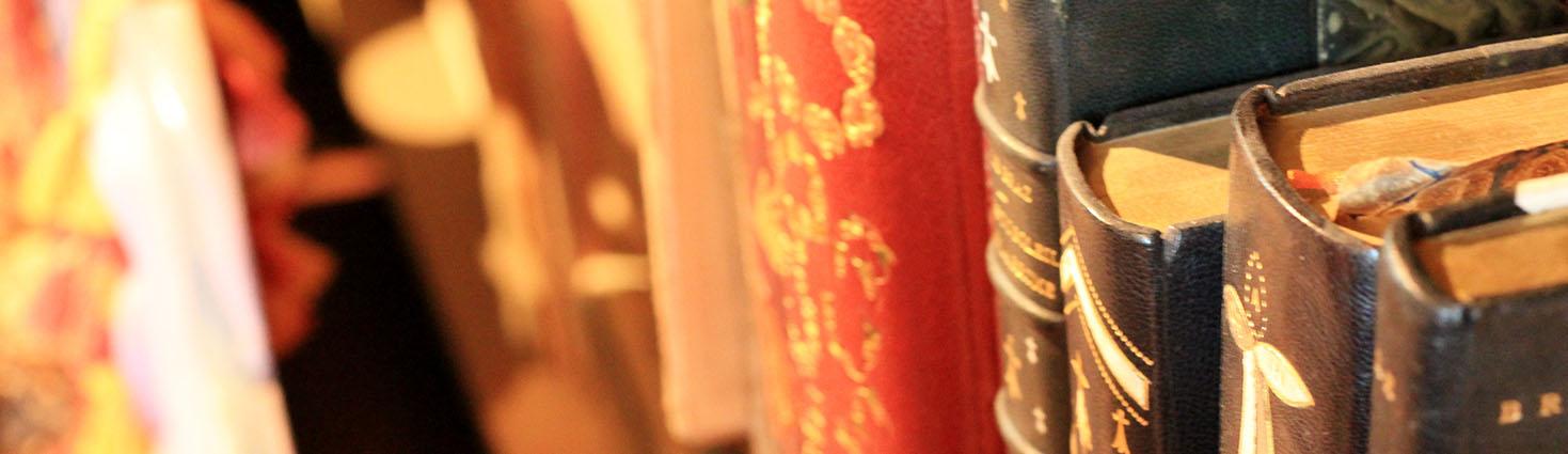 Photo de livres dans le Musée